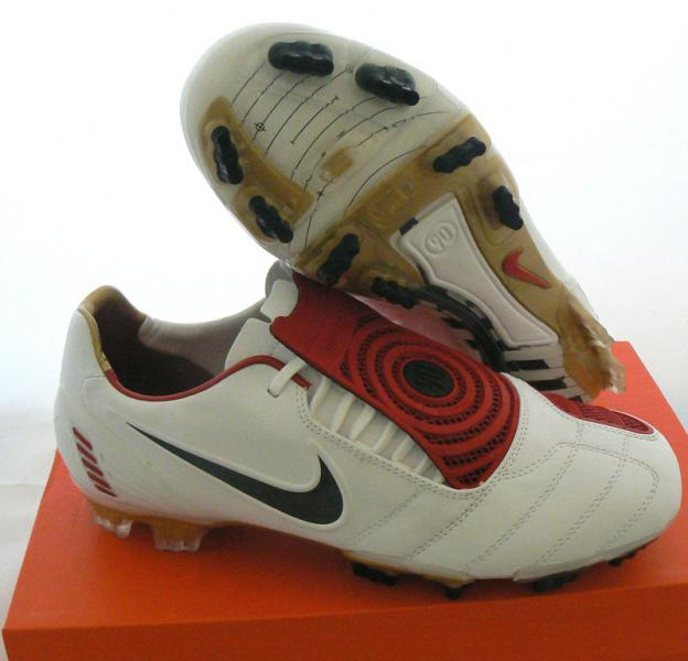 chaussure total 90 nike